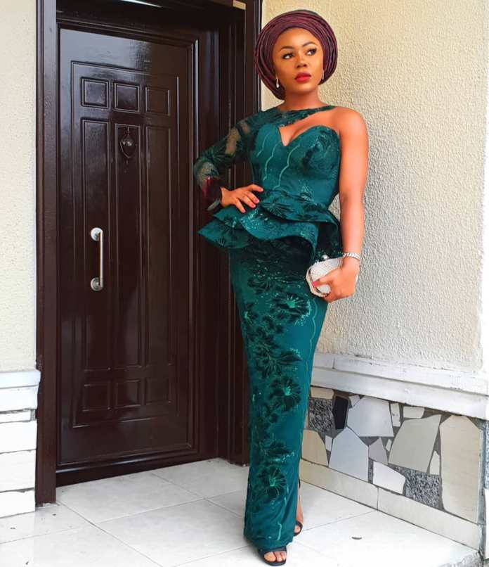Aso-Ebi Styles: 5 Nigerian Female Celebrities Who Slayed With Their Outfit At Richard Nnaji's Wedding 2
