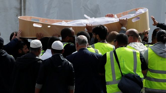 Christchurch Shootings: New Zealand Broadcast Islamic Call To Prayer As Entire Nation Falls Silent For Mosque Victims 2