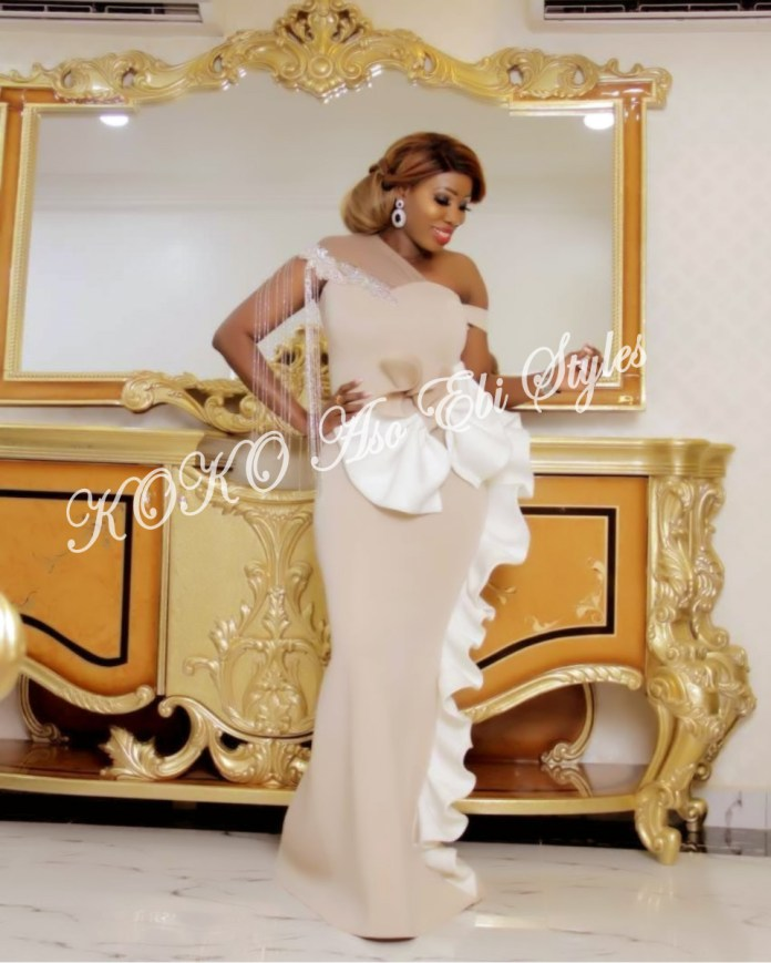 Aso-ebi Styles: The 10 Hottest Stunning Designs For Your Easter Party 2
