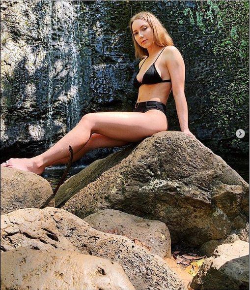 Eminem's Daughter Hailee Scott Mathers Flaunts Trimmed Bikini Body In Hawaii 2