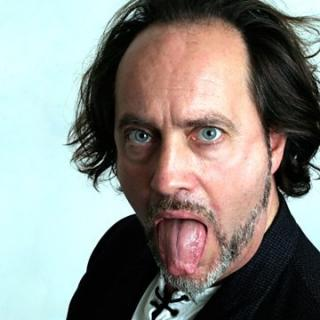 Comedian Ian Cognito Dies On-stage During Performance 1