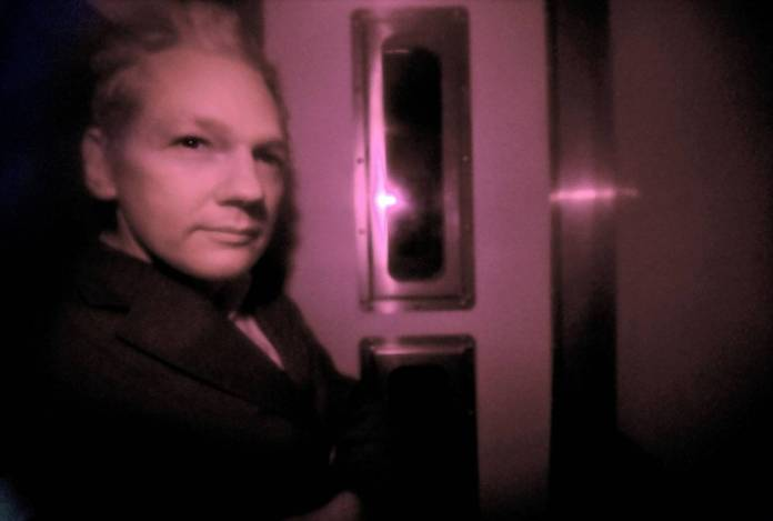 Julian Assange: WikiLeaks Founder Arrested And Removed From Ecuadorian Embassy After 7 Years 3
