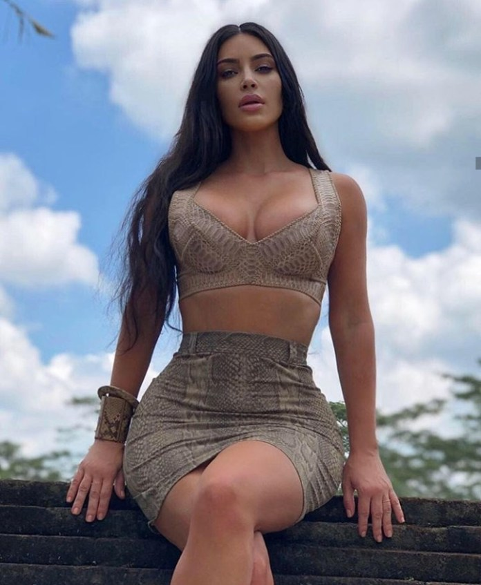 "Kim Kardashian West Wins £2.1m In ""Knock Off"" Lawsuit Against Fashion Brand 2"