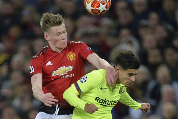 Manchester United 0 Barcelona 1: Shaw Own Goal Gives Messi's Team Advantage 2