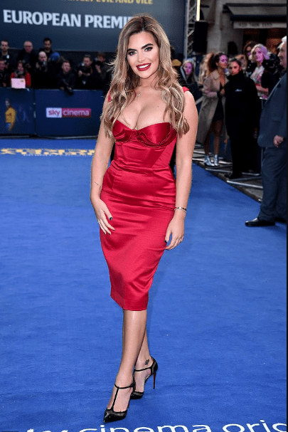 Plastic Surgery Truly Made Her Happier! Meghan Barton Flaunts Ample Boobs In Red Dress 4