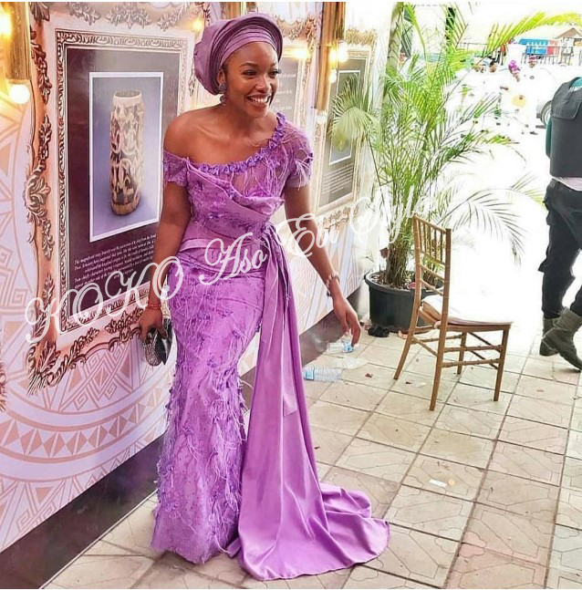 These Five Aso-ebi Styles Came With All The Gorgeous Owanbe Sauce 3