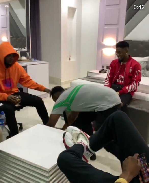 All Is Well! Demmie Vee Postrates For Kizz Daniel As They Reconcile Their Differences 2