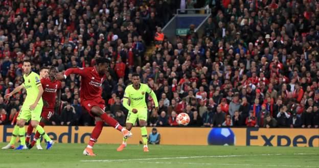 Barcelona Looked Like Schoolboys Against Liverpool - Luis Suarez 2