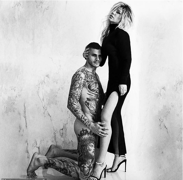 Inter Milan Star Mauro Icardi Poses Completely Naked With His Wife Wanda Nara 2