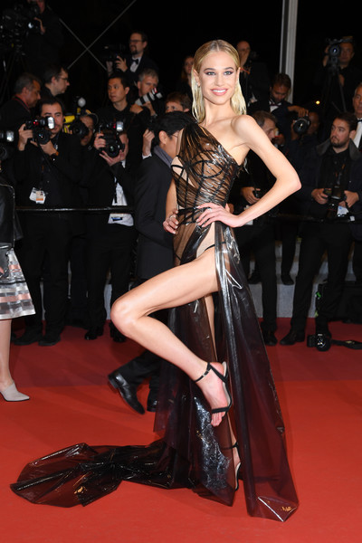 Not Again! Model Meredith Mickelson Bares All As She Suffers Another Wardrobe Malfunction At Cannes 2019 5