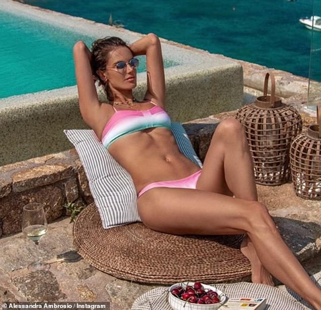 Alessandra Ambrosio Flaunts Incredible Body In Bikini