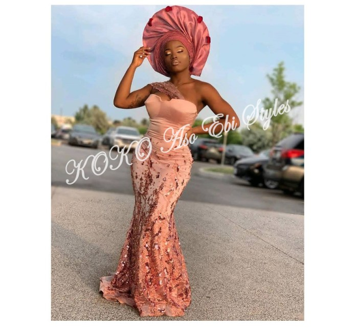 Five Lovely And Trendy Aso-ebi Styles To Slay As A KOKOnista 5