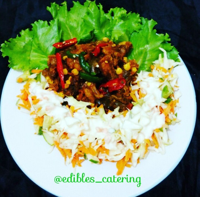 Mouthwatering Gizdodo and Coleslaw