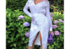 Her official birth date is 4th of September but the Brown Skin girl star, Beyoncé decided to celebrate the 38th birthday earlier with her boo, Jay Z at the recently concluded Made in America Music Festival