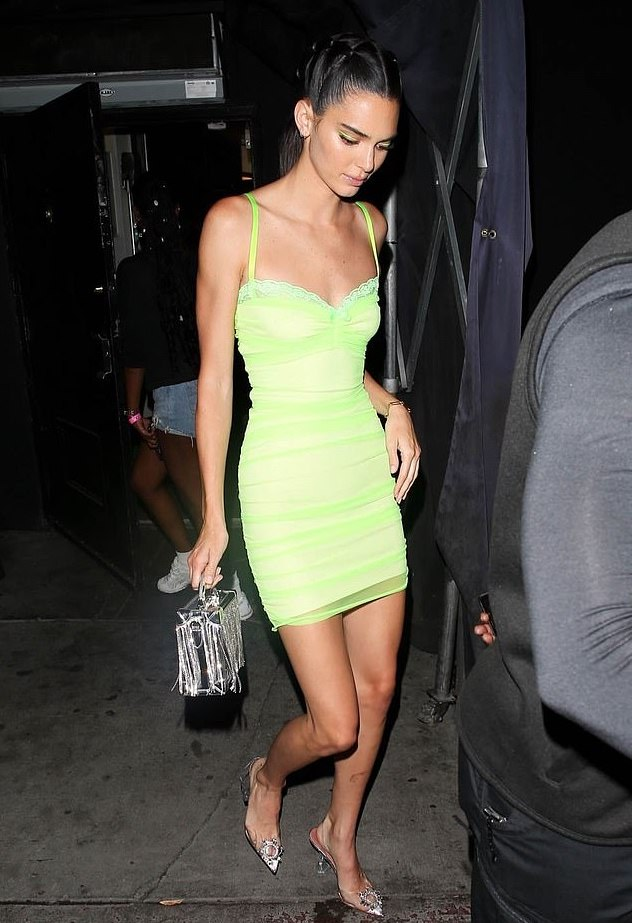 Kendall Jenner Stuns In Beautiful Neon Mini-Gown On Night Out With Sister, Khloe Kardashian 1