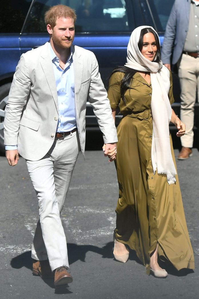 Meghan Markle Wears Headscarf For Visit To South Africa's Oldest Mosque 1
