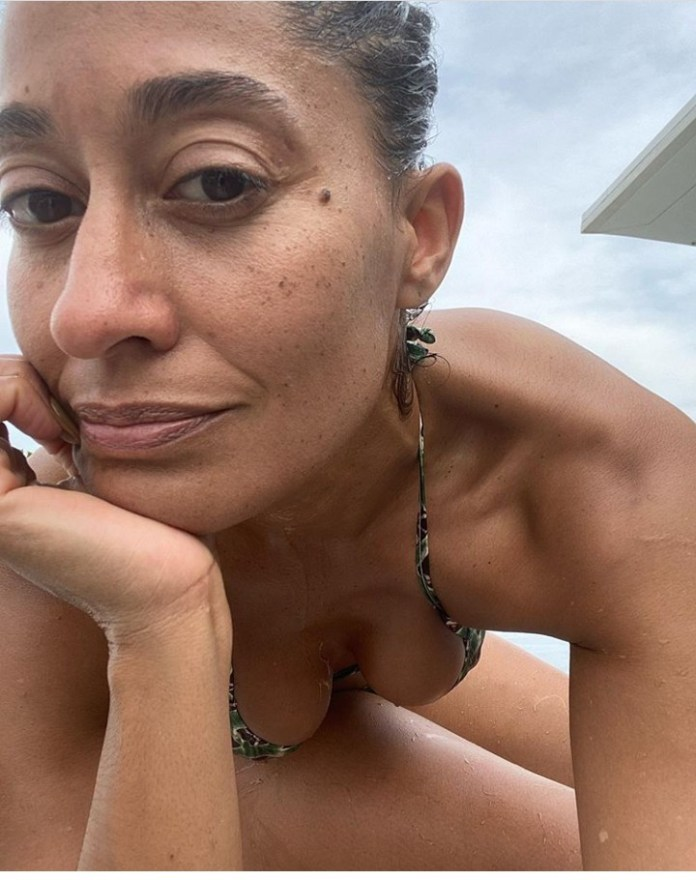 Tracee Ellis Ross Flaunts Her Banging Bikini Body As She Turns 47 5