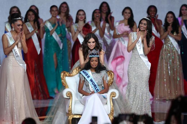 Miss Jamaica Toni-Ann Singh Crowned Miss World 2019 1
