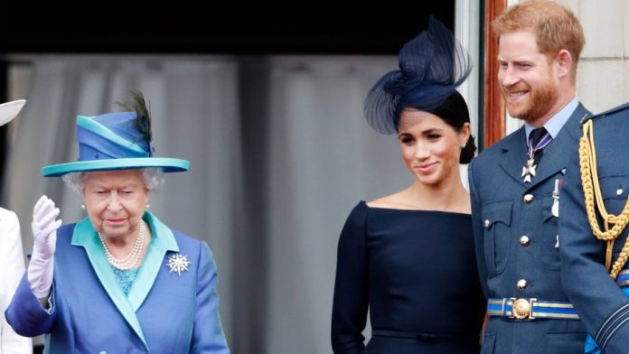 Queen Elizabeth Reacts To Prince Harry And Meghan Markle's Independence Decision