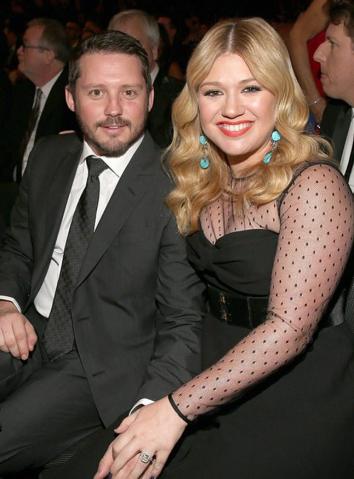 Kelly Clarkson's Estranged Husband Brandon Blackstock Wants $436K Monthly For Spousal& Child Support Payment