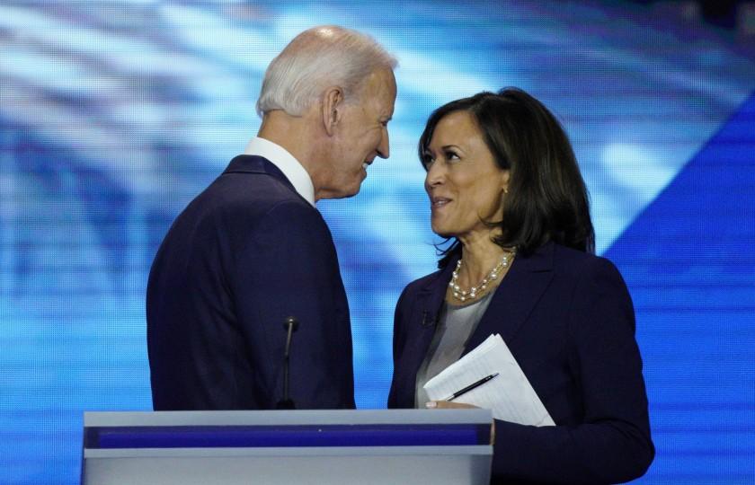 """NNN: El candidato del Partido Demócrata de Estados Unidos, Joe Biden, finalmente eligió a su compañero de fórmula para las elecciones presidenciales del 3 de noviembre. Ella es la senadora de California, Kamala Harris, anunció Biden en un tweet el martes por la tarde. """"Tengo el gran honor de anunciar que he elegido a @KamalaHarris, […]"""