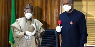 Lai Mohammed receives Ife Terracotta Head