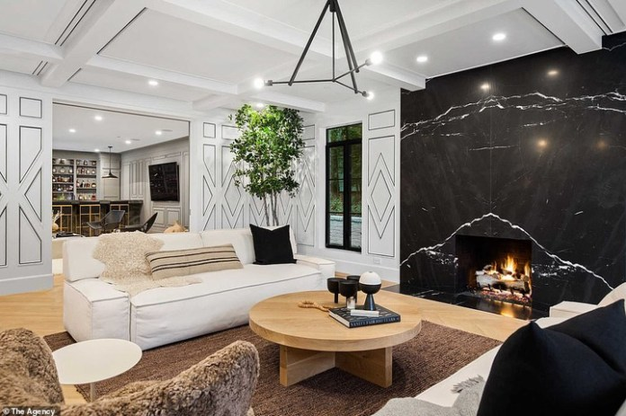 Check Out Photos Of Rihanna's $14m Mansion In Beverly Hills