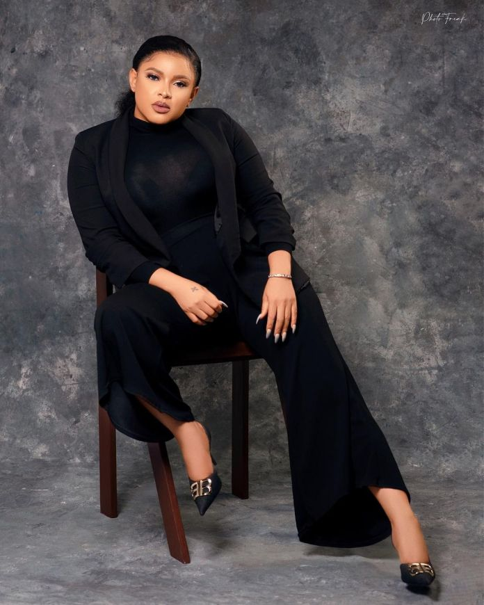 Shirley Igwe Serves Sizzling Beauty, Black And Curves For Birthday