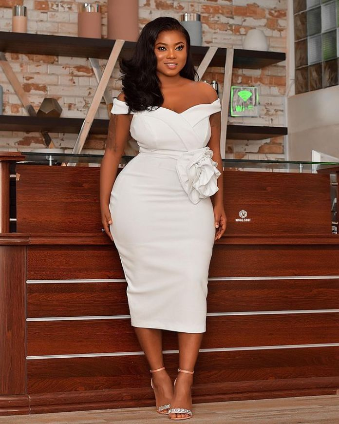 Serwa Hakoto Is The Ghanaian Beauty With A Body Made Of Curves