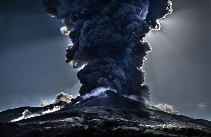 La Palmas Volcano eruption