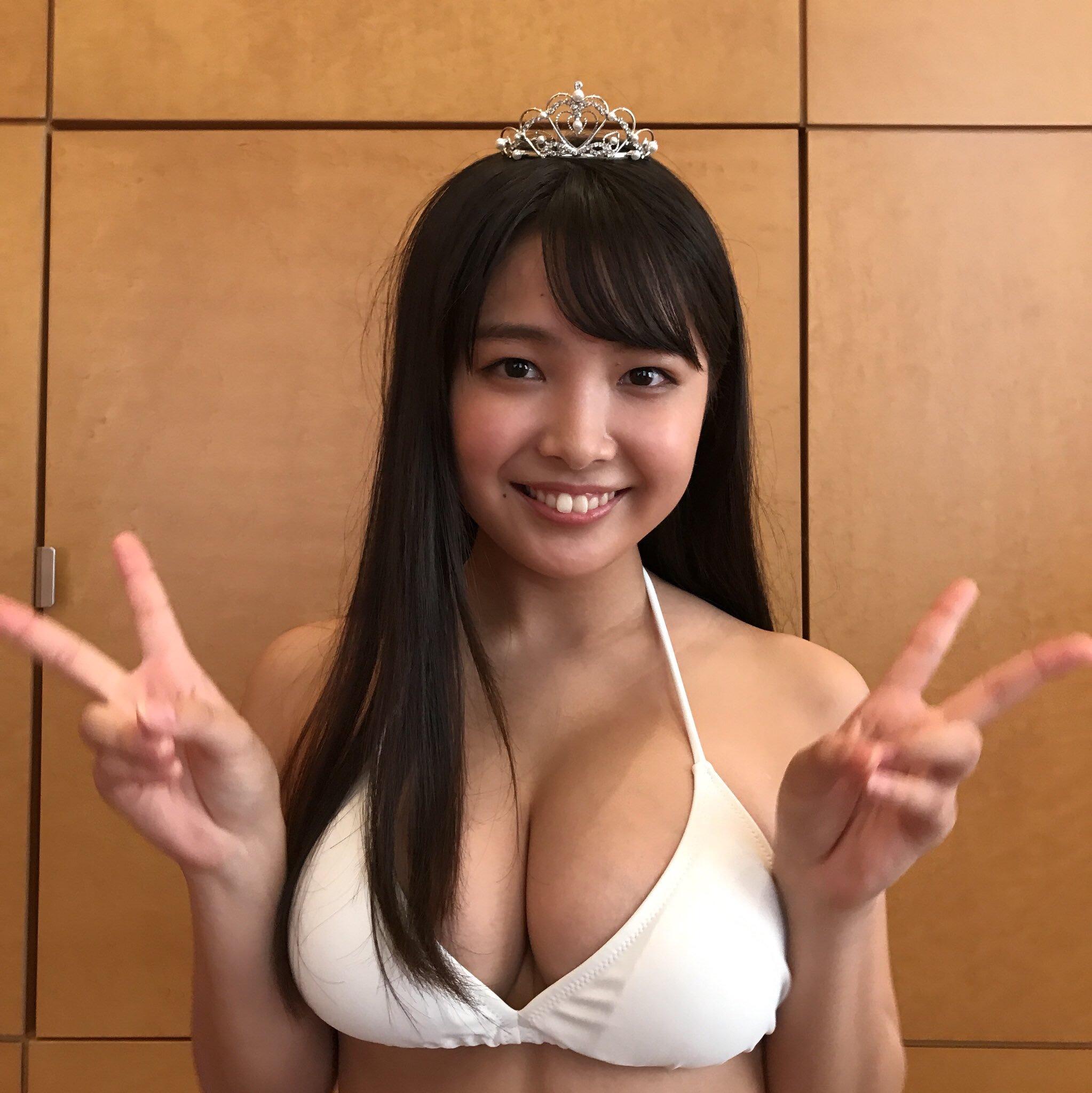 【デカ乳】ガチのマジのデカ乳美女がAVデビュー[美乃すずめ]