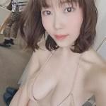 Jカップグラビアアイドル伊織いおのエッチな自撮り