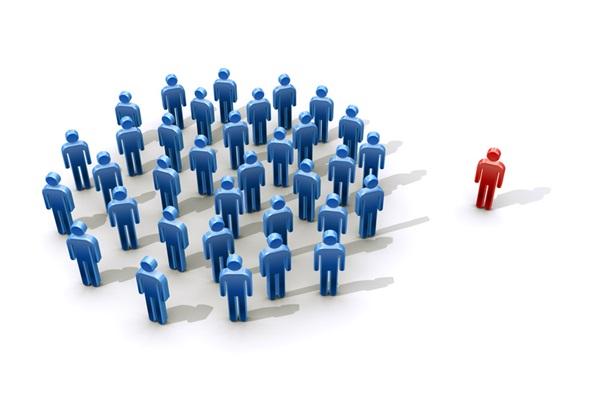 会社 人間関係 孤立