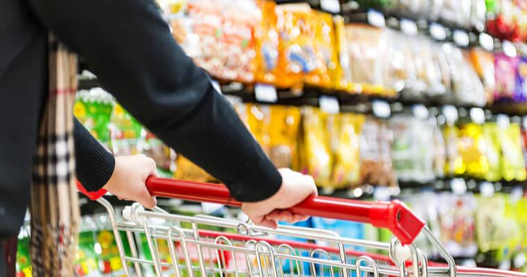 中国人は買い物のたびにレシートをチェックし、正しく会計されているかをチェックする