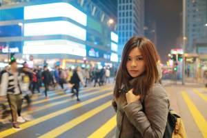 配偶者ビザを手に入れたのち、日本人男性のもとを逃げ出し、都会をさまよう外国人女性