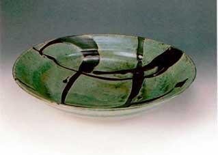 浜田庄司 「大皿」 11.3×50.5cm  1956製作 日本民芸館蔵
