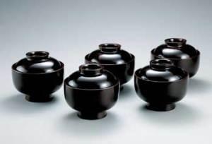 黒田辰秋 溜漆欅大平碗 東京国立近代美術館