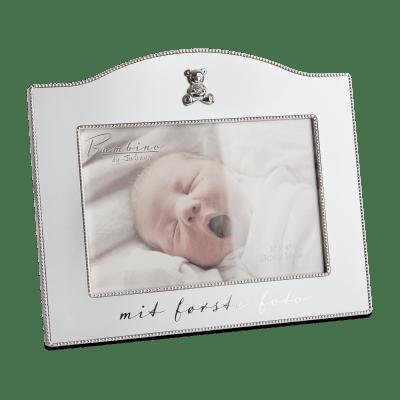 "Flot forsølvet Bambino billedramme fra Nordahl Andersen ""Noa Kids Barnedåb"" (157-86081) | Koldsø Fotografi Webshop"