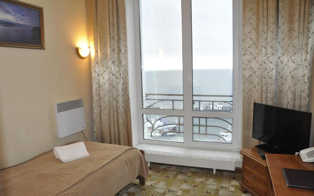 Pokój jednoosobowy w hotelu Majak w Listwiance
