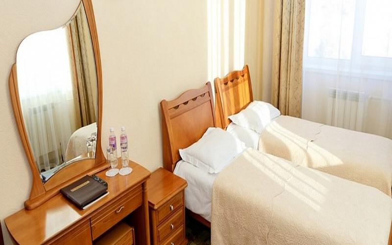 Pokój dwuosobowy w hotelu Majak w Listwiance