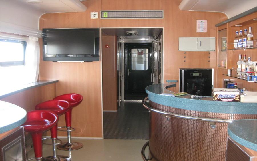 Bar w pociągu transsyberyjskim