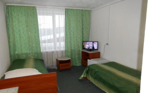 Pokój dwuosobowy w hotelu Biryusa w Tajszecie