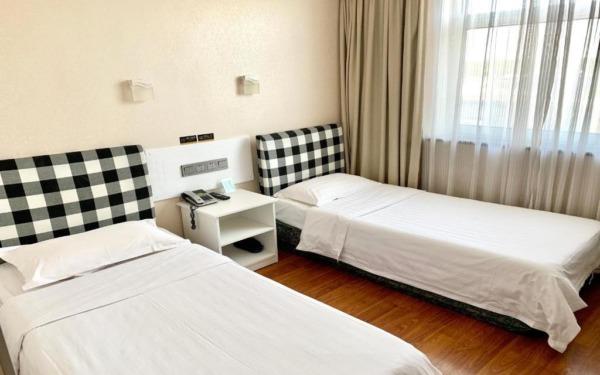 Pokój dwuosobowy w hotelu Kings Joy w Pekinie