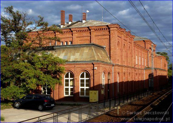 Dworzec kolejowy w Brzegu
