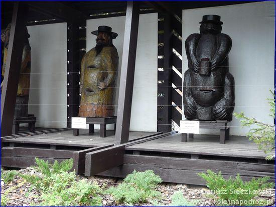 Rzeźby uli współczesnych