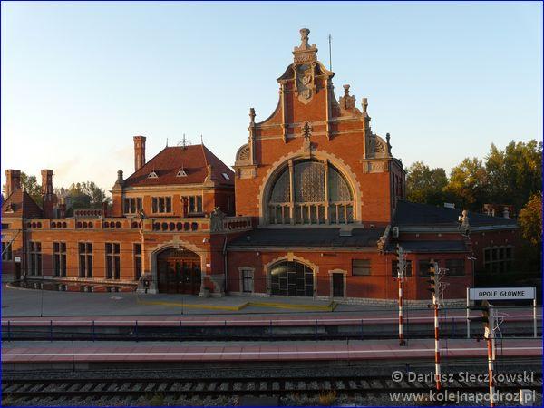 Opole Główne - budynek główny
