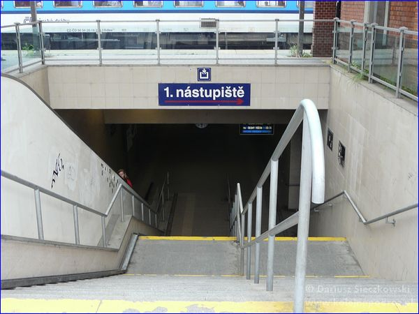 Frydek-Mistek - dworzec kolejowy - zejście do tunelu