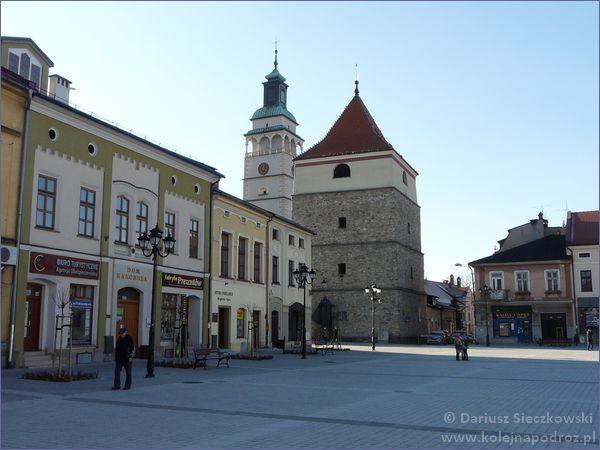 Dzwonnica i wieża konkatedry w Żywcu