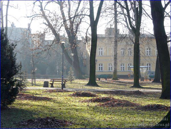 Leszno - park przy Placu Tadeusza Kościuszki
