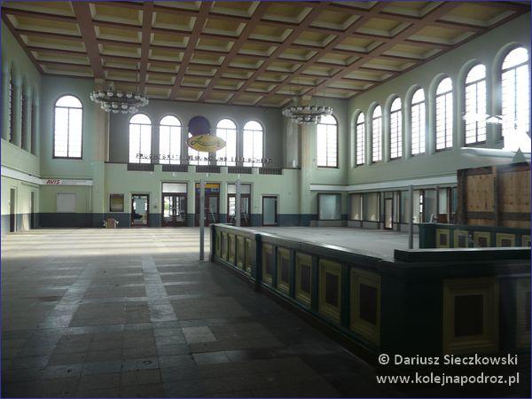 Dworzec kolejowy w Budziszynie